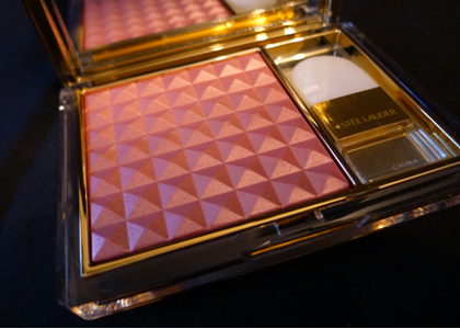 "Estée Lauder Pure Color Illuminating Powder Gelée in ""Tease"" Review"