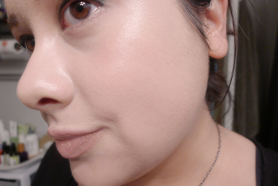 This is my face with MAC Studio Fix Fluid in NW13. It's slightly light for me, but it's still very wearable. I actually really like this shade for wearing with my Chanel Les Beiges Powder in N°30.
