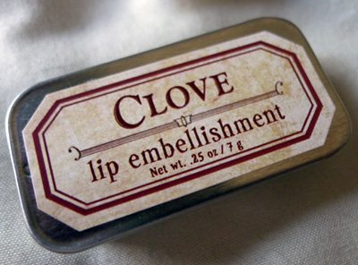 For Strange Women Clove Lip Embellishment